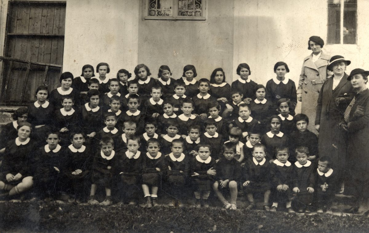 Shlima Goldstein, second from the right in the first row
