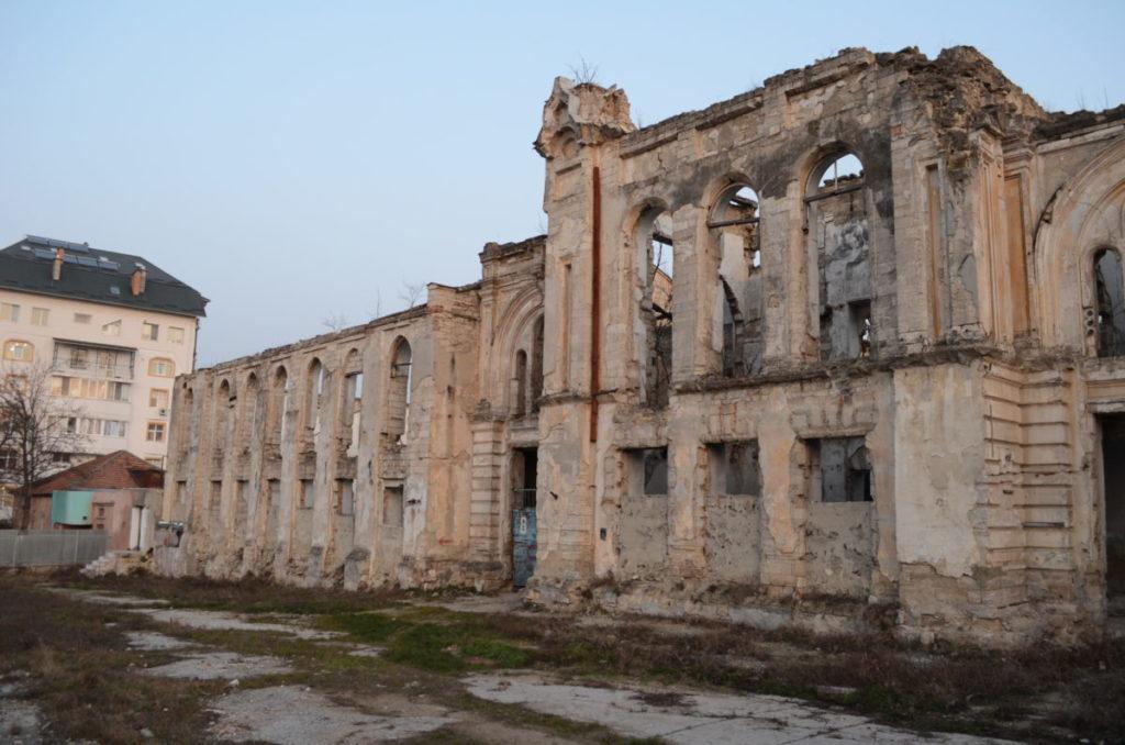 Former Jewish Almshouse, ruin
